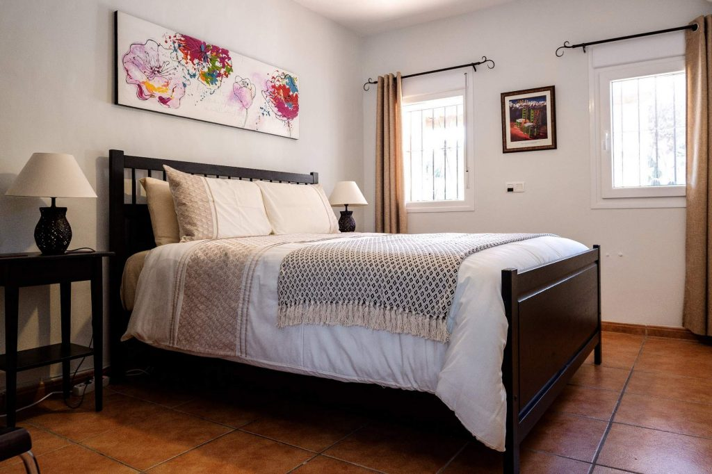 Poolside Apartment, Bedroom